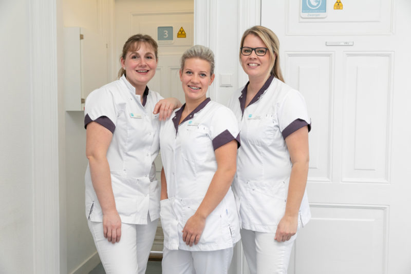 tandarts Assen - assistentes Dental Clinics Assen
