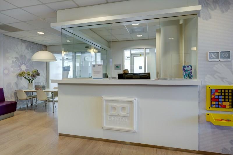 tandartspraktijk Parkzoom - balie Dental Clinics Bergschenhoek Parkzoom