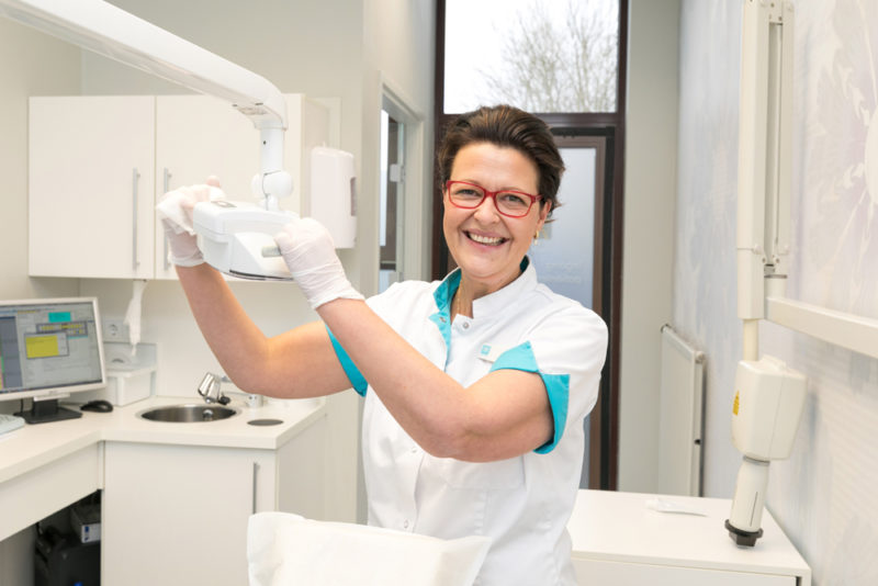 mondhygiënist Enschede - mondhygiënist Dental Clinics Enschede