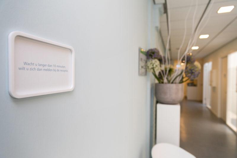 tandartspraktijk Heerlen - wachtruimte Dental Clinics Heerlen