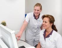 tandarts Klazienaveen - receptie Dental Clinics Klazienaveen