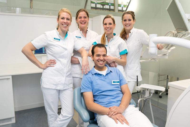 orthodontist Weesp - orthodontie Dental Clinics Weesp