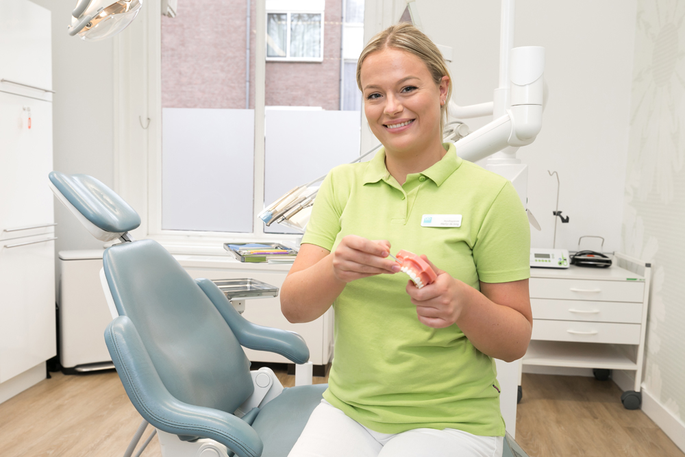 tandarts Zwolle - Dental Clinics Zwolle - behandelkamer