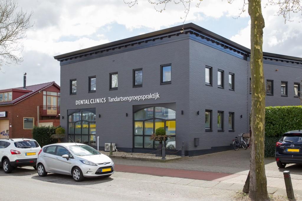 tandarts Huizen - Dental Clinics Huizen - buitenkant
