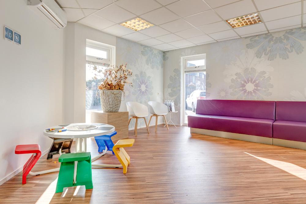 tandarts Almelo – wachtruimte tandarts Dental Clinics Almelo
