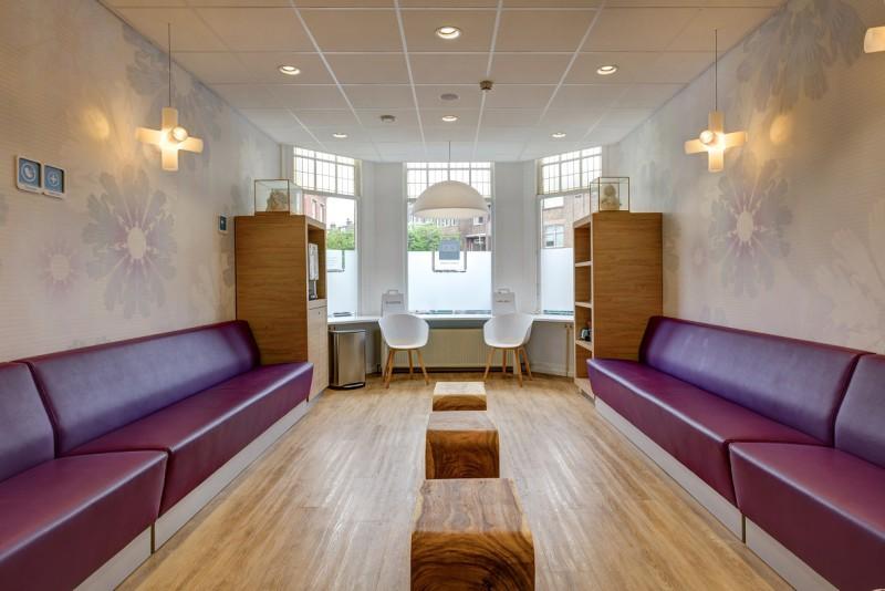tandartspraktijk Den Haag Bomenbuurt - wachtkamer Dental Clinics Den Haag Thomsonlaan