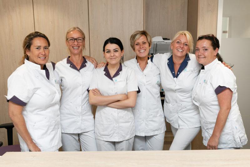 tandartspraktijk Den Haag Bomenbuurt - receptie Dental Clinics Den Haag Thomsonlaan