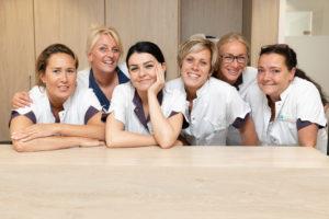 tandartspraktijk Dental Clinics Den Haag Thomsonlaan - receptie Dental Clinics Den Haag Thomsonlaan