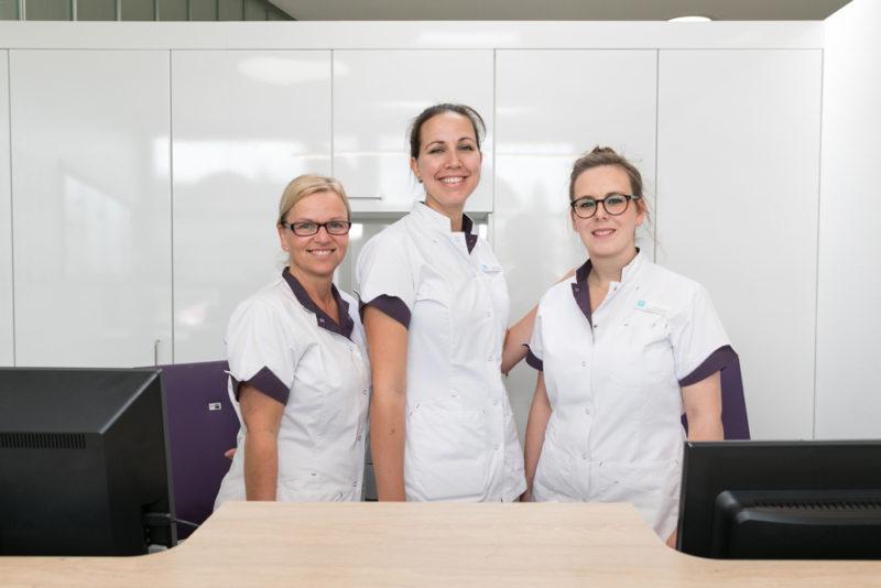 tandarts Oudenbosch - receptie Dental Clinics Oudenbosch