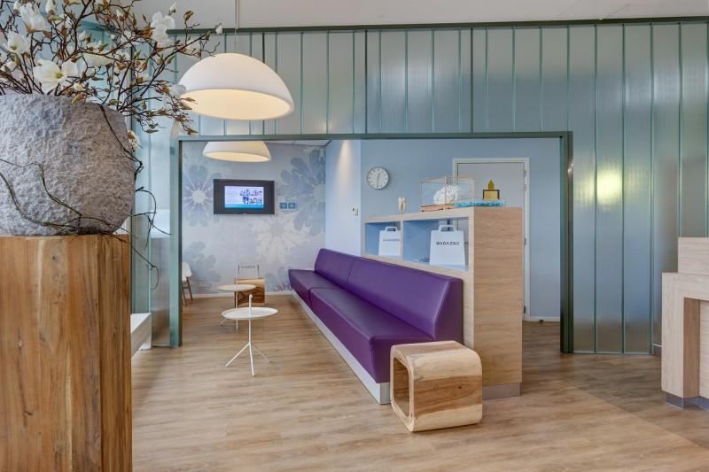 tandartpraktijk Oudenbosch - wachtkamer Dental Clinics Oudenbosch