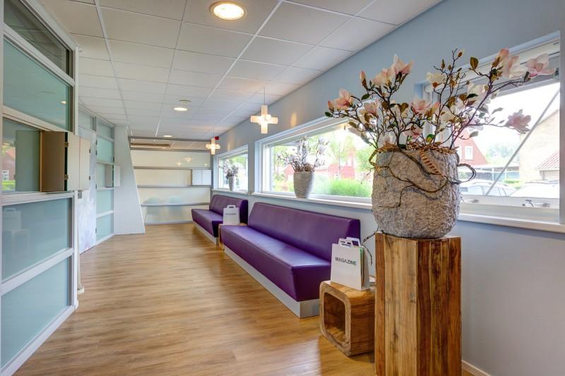 tandartspraktijk Zuidhorn - wachtkamer Dental Clinics Zuidhorn