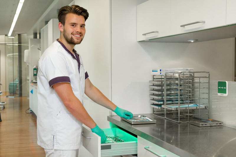 tandartsenpraktijk Ermelo - assistent Dental Clinics Ermelo
