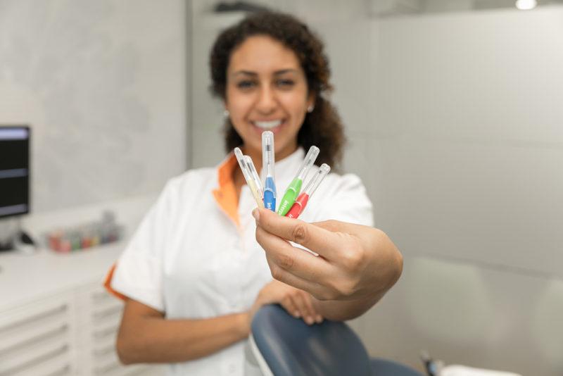 mondhygiënist Dental Clinics Den Haag Laan van Meerdervoort