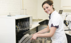 tandartspraktijk Groningen - assistente Dental Clinics Groningen Vinkhuizen