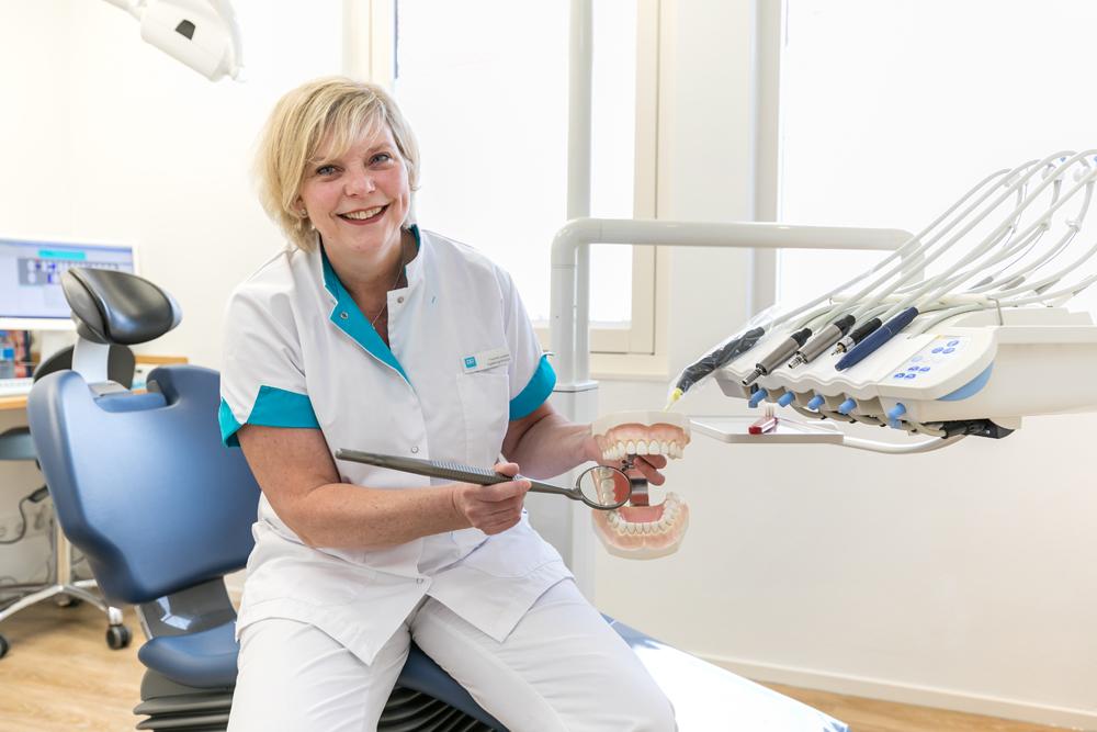 mondhygiënist Zeewolde - preventie Dental Clinics Zeewolde