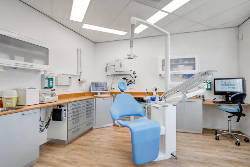 tandarts Zeewolde - behandelkamer Dental Clinics Zeewolde