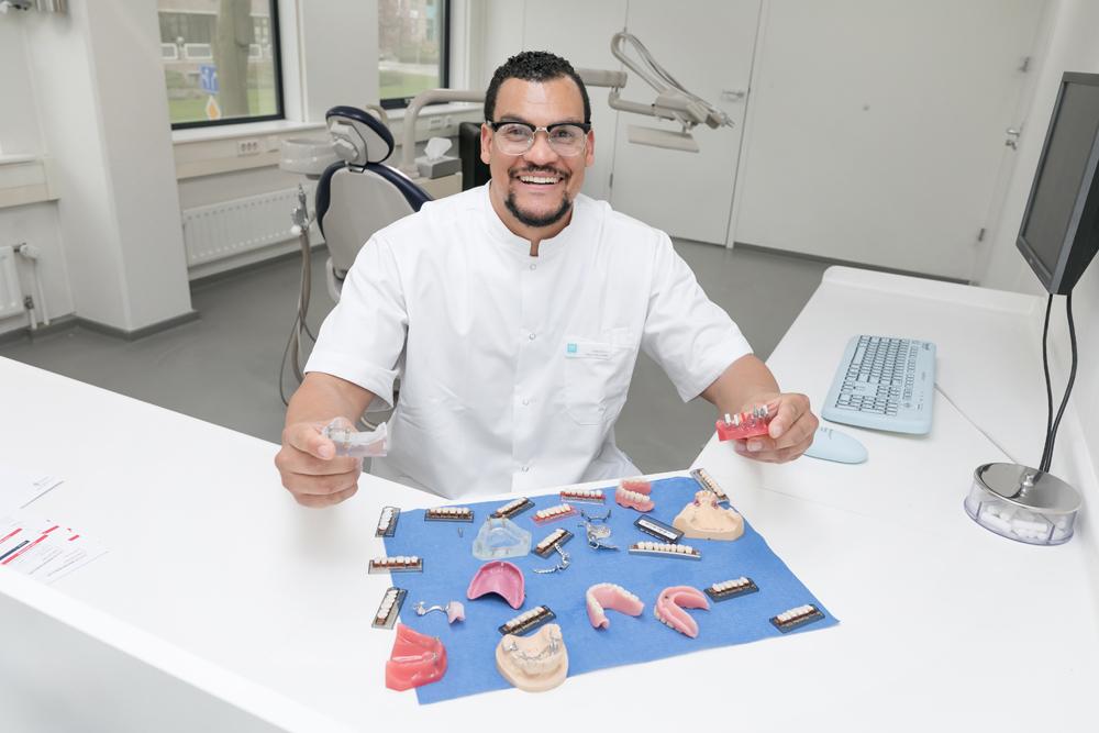 tandproteticus Nieuwegein - tandprothetiek Dental Clinics Nieuwegein