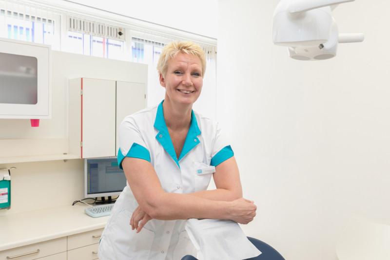 mondhygiënist Alkmaar - mondhygiënist Dental Clinics Alkmaar
