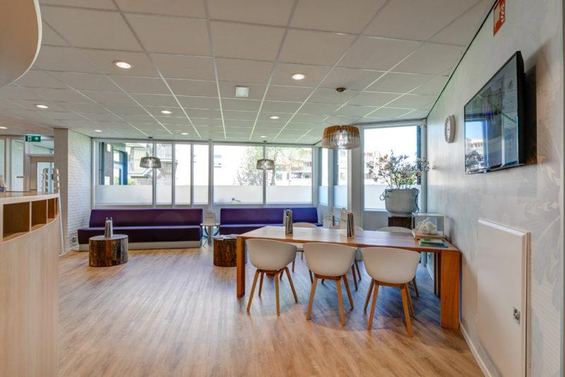 tandarts Leeuwarden Oost - wachtruimte Dental Clinics Leeuwarden Aldlân