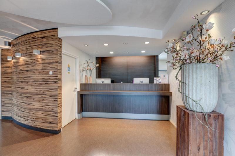 tandarts Leek - balie Dental Clinics Leek