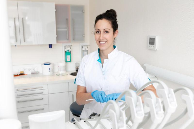 tandarts Best - assistente Dental Clinics Best