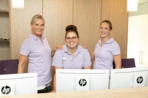 tandartspraktijk Zoetermeer centrum - receptie Dental Clinics Zoetermeer Nabij