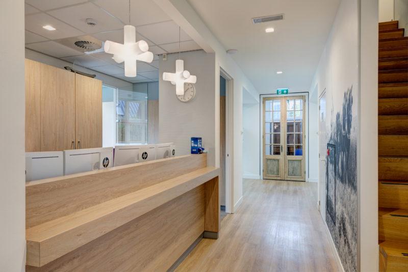 tandartspraktijk Zoetermeer centrum - poetshoek Dental Clinics Zoetermeer Nabij