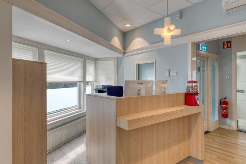 tandartspraktijk Rotterdam Hillegersberg - receptie Dental Clinics Rotterdam Berglustlaan