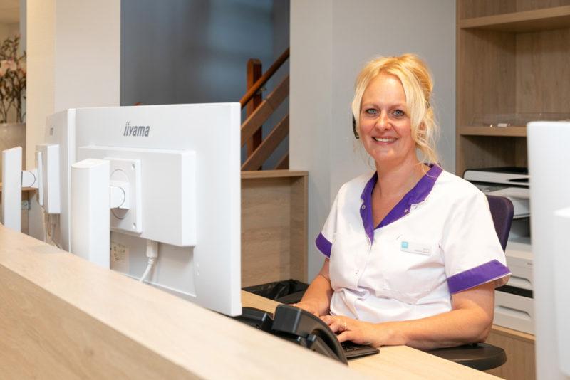 tandarts Apeldoorn - receptie Dental Clinics Apeldoorn