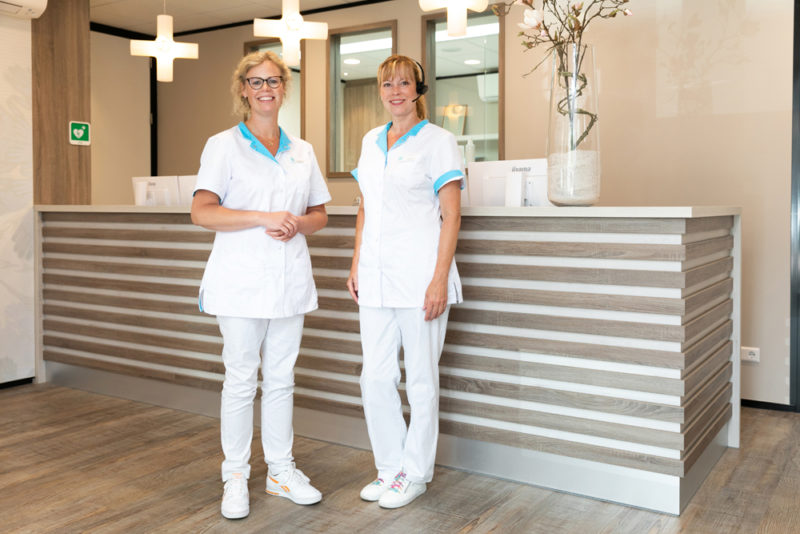 tandartspraktijk Gieten - receptie Dental Clinics Gieten