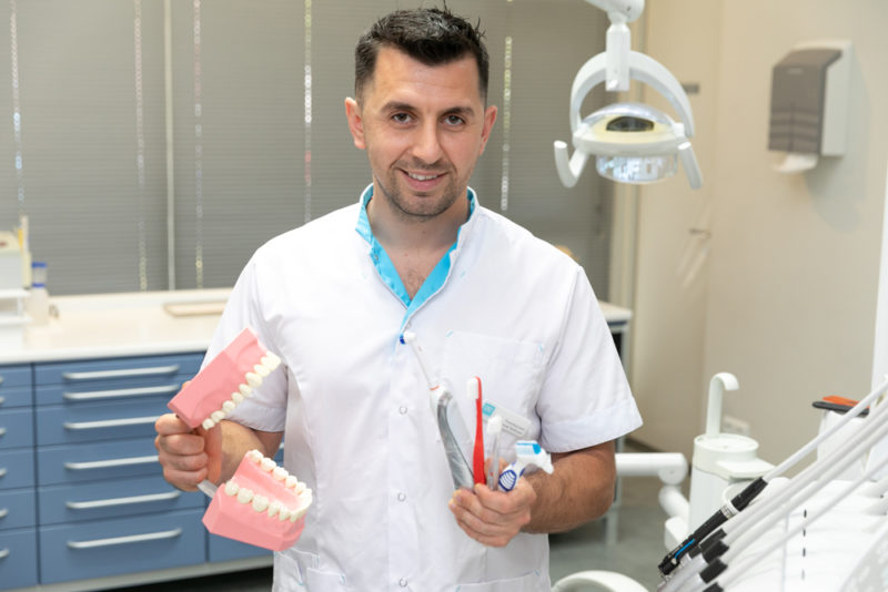 mondhygiënist Rolde - preventie Dental Clinics Rolde
