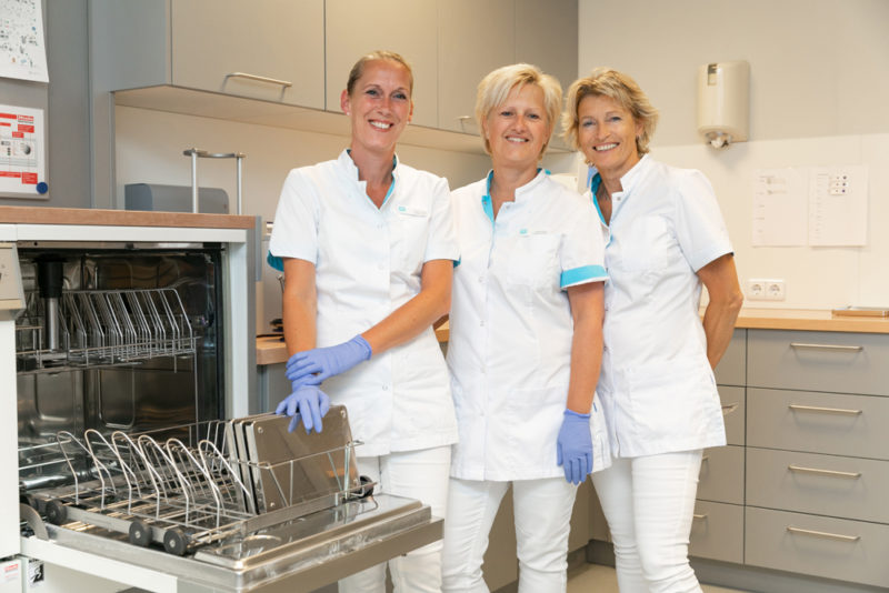tandarts Rolde - assistentes Dental Clinics Rolde