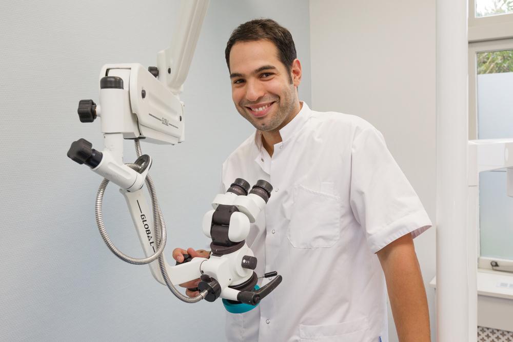 Implantaat tandartspraktijk implantoloog tandarts Dental Clinics Diemen