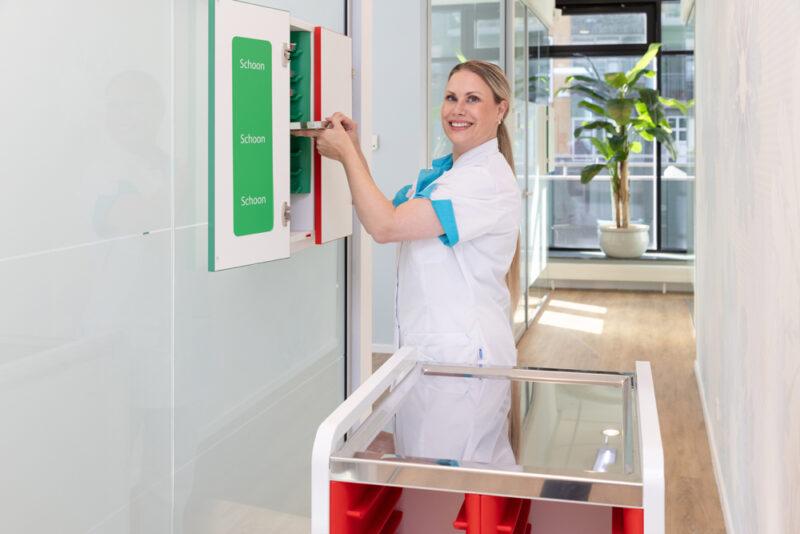 tandarts Diemen Zuid - assistent Dental Clinics Diemen